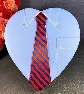 1lb Fancy Tie Heart Box Filled